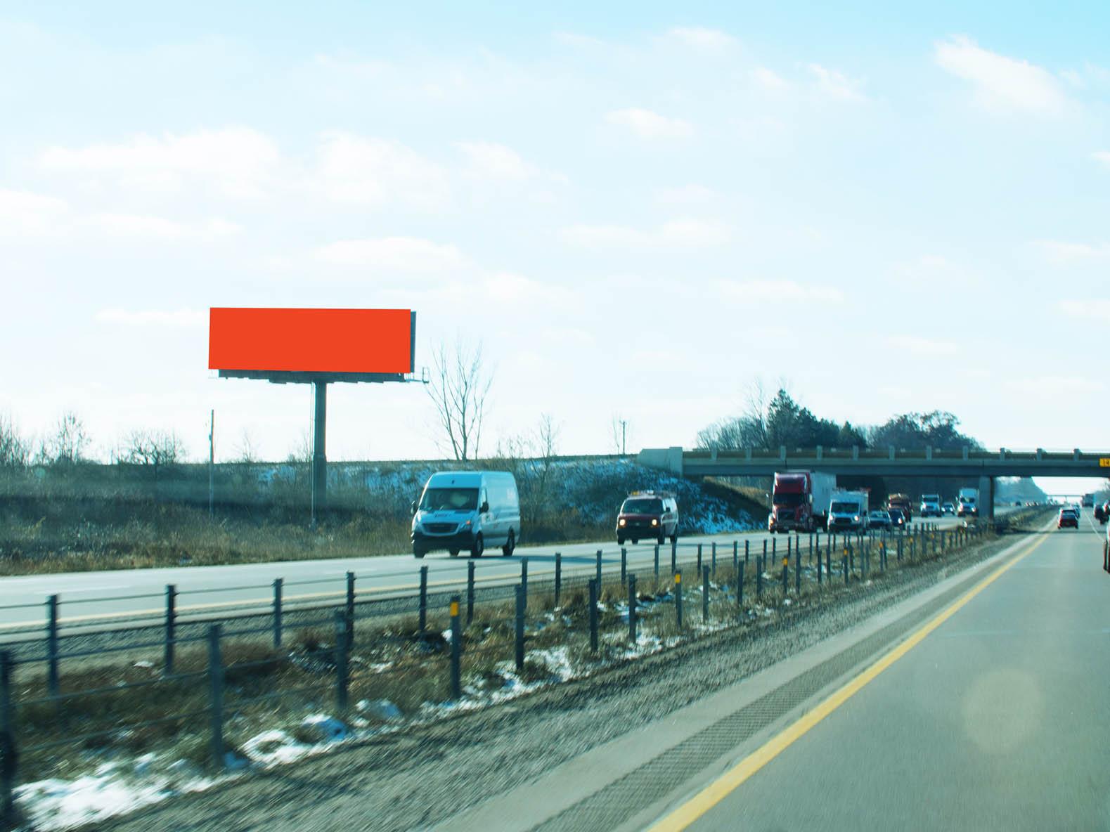 Billboard 101 North (14 x 48) - Geopath: 30655455