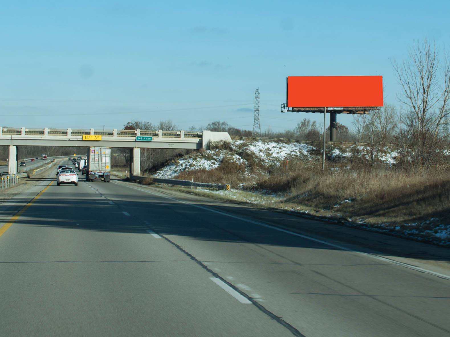 Billboard 101 South (14 x 48) - Geopath: 30655470