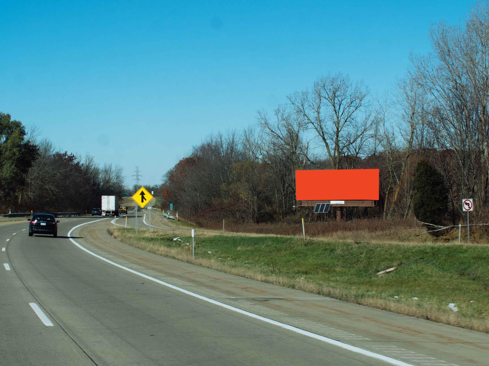 Billboard 252 East (14 x 48) - Geopath: 30655493